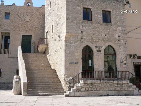 iCicero: Terracina - Archivio Storico Diocesano Urbano II