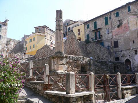 iCicero: Terracina - Capitolium