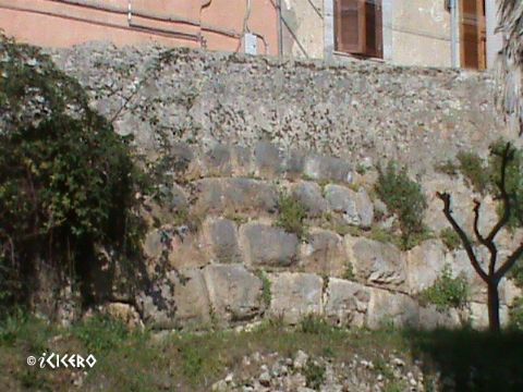 iCicero: Terracina - Sostruzione dell'Appia