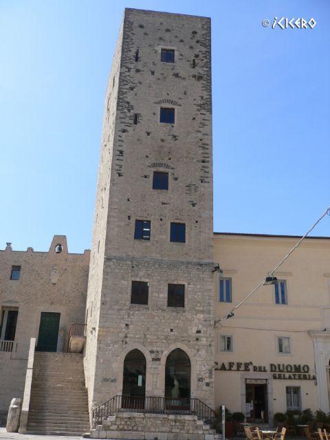 iCicero: Terracina - Torre Frumentaria