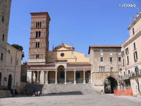 iCicero: Terracina - Cattedrale di S. Cesareo