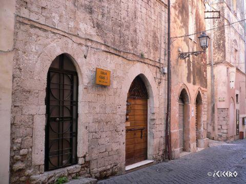 iCicero: Terracina - Domus gotica di Corso A. Garibaldi