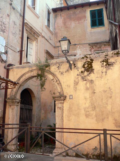 iCicero: Terracina - Palazzo di Via Greggi