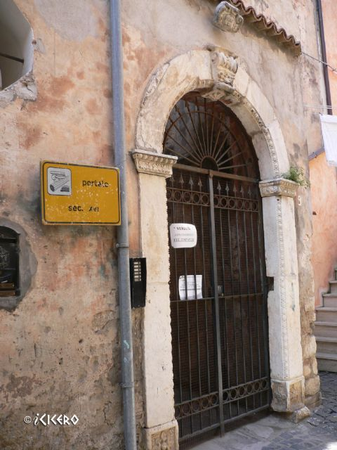 iCicero: Terracina - Palazzo Greggi