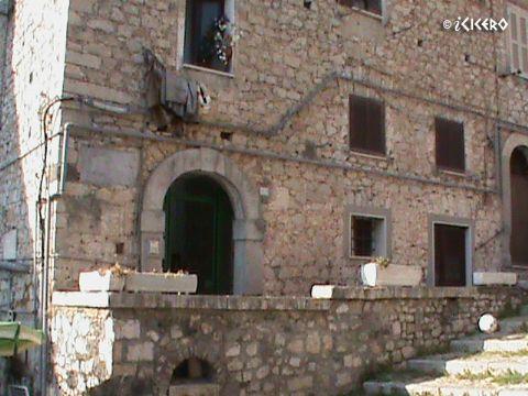 iCicero: Terracina - Palazzo Vitelli
