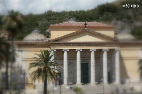 iCicero: Terracina - Chiesa del Ss.mo Salvatore