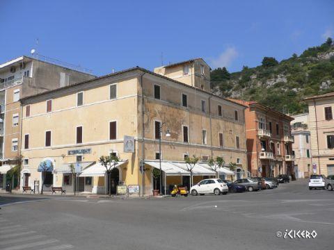 iCicero: Terracina - Palazzo Risoldi e Palazzo Goglia