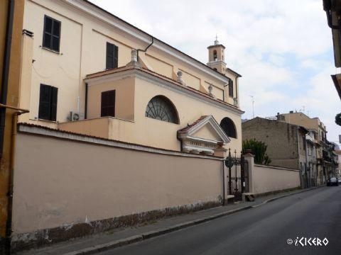 iCicero: Terracina - Chiesa del Salvatore e orfanotrofio G. Antonelli