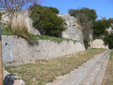 iCicero: Terracina - Portico
