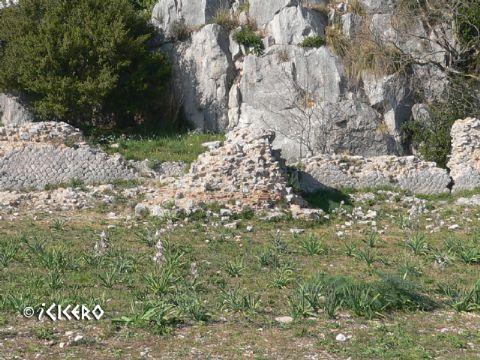 iCicero: Terracina - Cella del tempio maggiore
