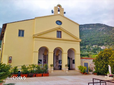 iCicero: Terracina - Chiesa San Silviano