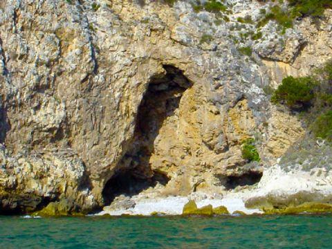iCicero: San Felice Circeo - Grotta del prigioniero
