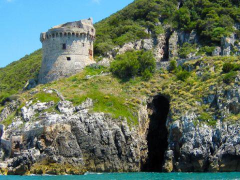 iCicero: San Felice Circeo - Grotta di Torre Paola